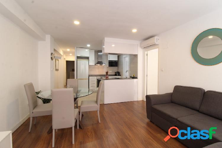 Se vende fantástico piso totalmente reformado con Licencia