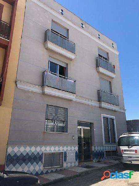 Se vende piso de dos dormitorios, a unos 500m. de la playa