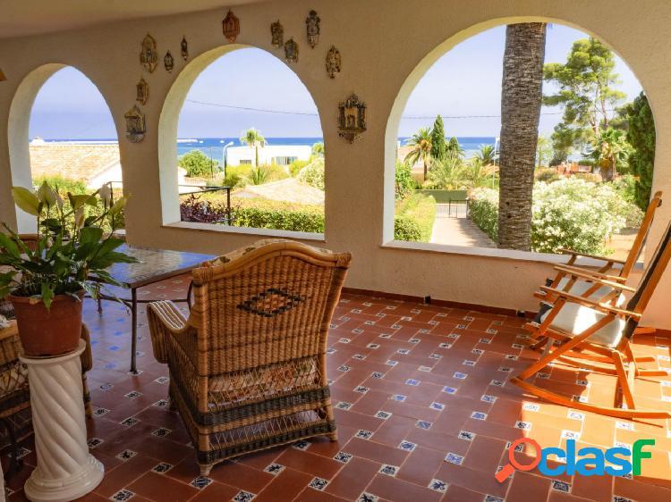 Villa con una ubicación privilegiada y preciosas vistas al