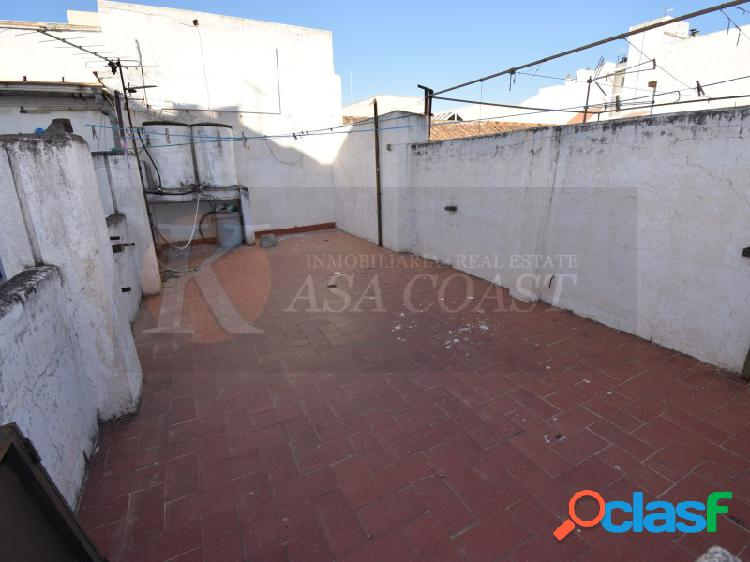 Se venden 2 viviendas en pleno centro de Fuengirola.