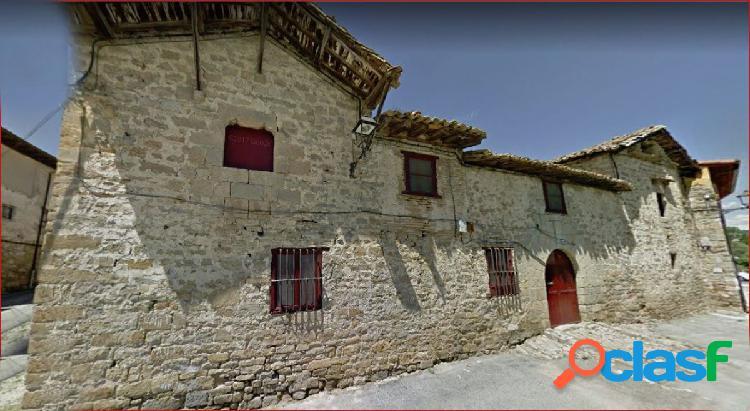 Casa Palacio en casco antiguo de Burlada