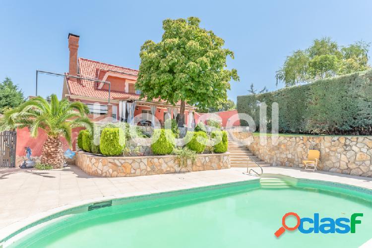 Chalet en venta de 282 m² Urb. Montehermoso, 28510 Campo