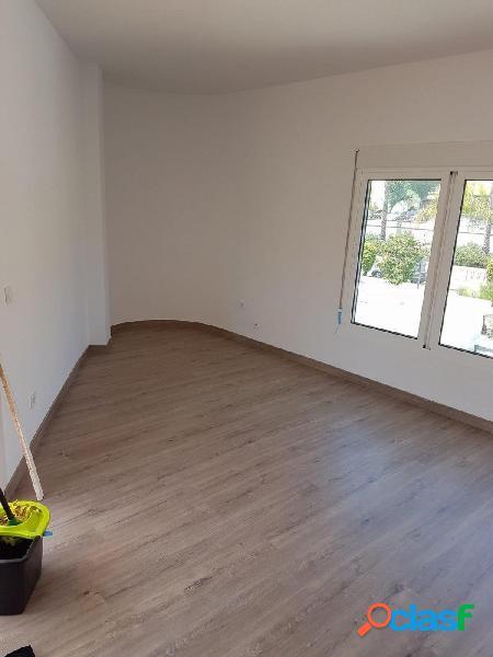 Precioso Piso de 3 habitaciones en MONTEMAR (TORREMOLINOS)