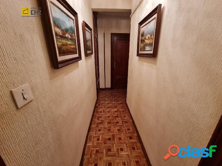 Se vende piso de trés habitaciones