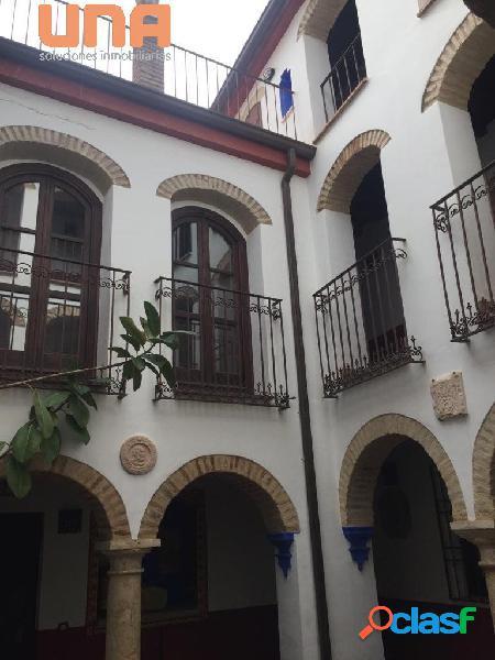 Apartamento amueblado muy cerca del Ayuntamiento y la plaza