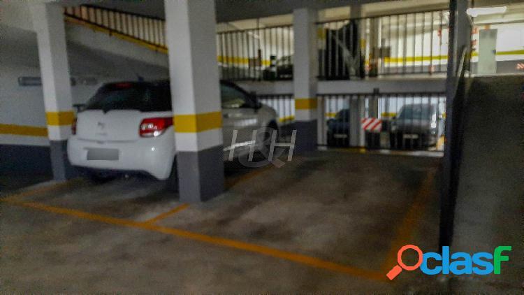 Plaza de garaje en el Castell. / HH Asesores, Inmobiliaria
