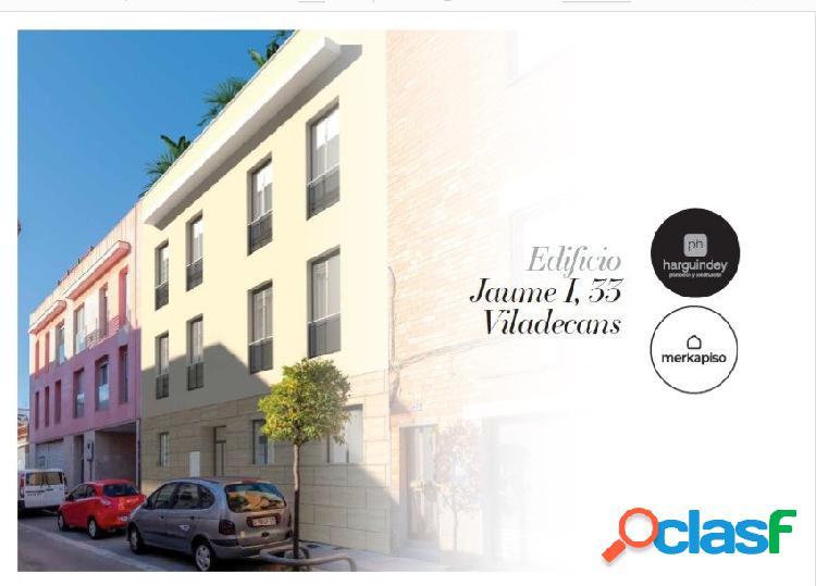 Se vende piso de tres dormitorios con terraza al mejor