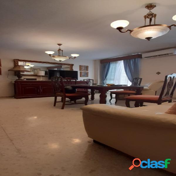 Se vende piso en zona San Julián.