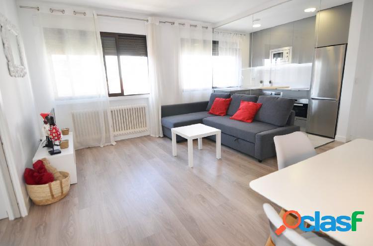 Urbis te ofrece un apartamento en alquiler en zona