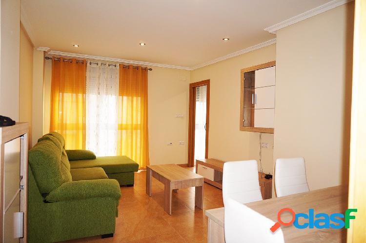 En alquiler estupendo apartamento de dos dormitorios, sito