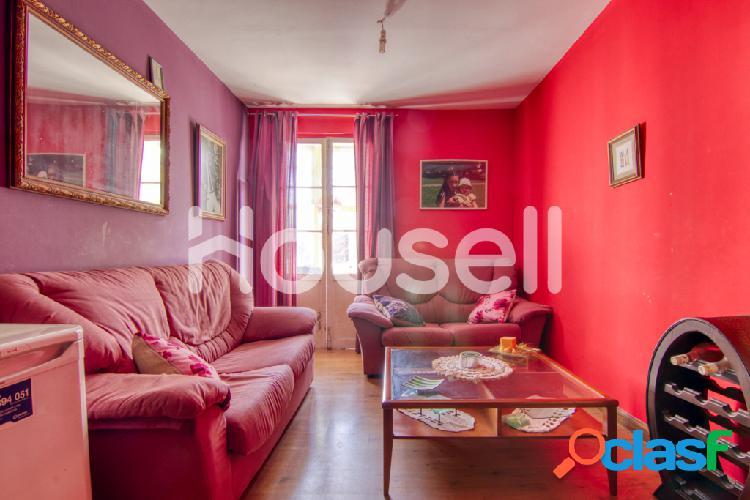 Piso en venta de 113 m² Calle Reverendo Padre Gómez, 39500