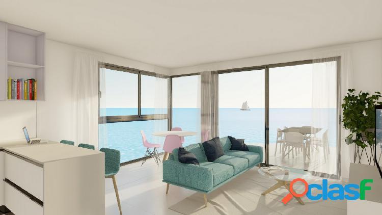 16 viviendas en primera línea de playa en Torrevieja.