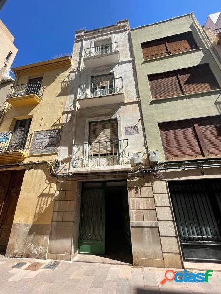 Casa para reformar en el centro de Castellón