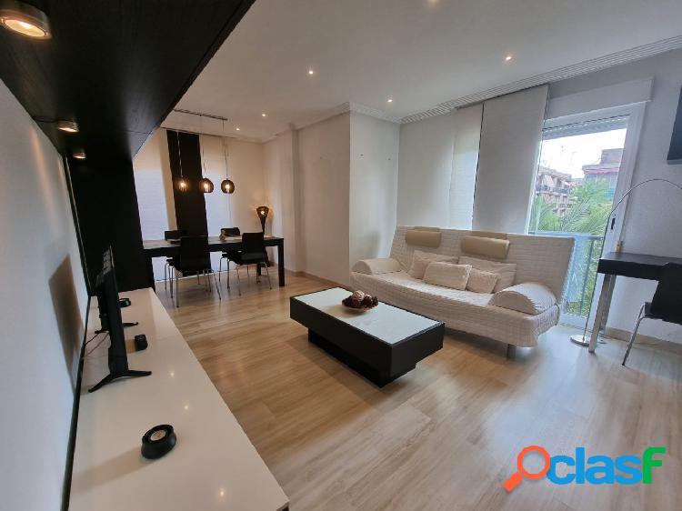 Se alquila precioso piso en Altabix