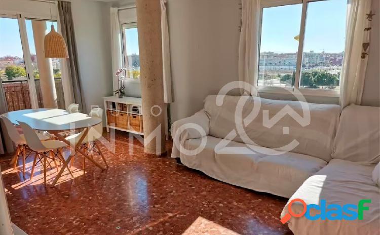 Se alquila precioso piso muy luminoso en Catarroja
