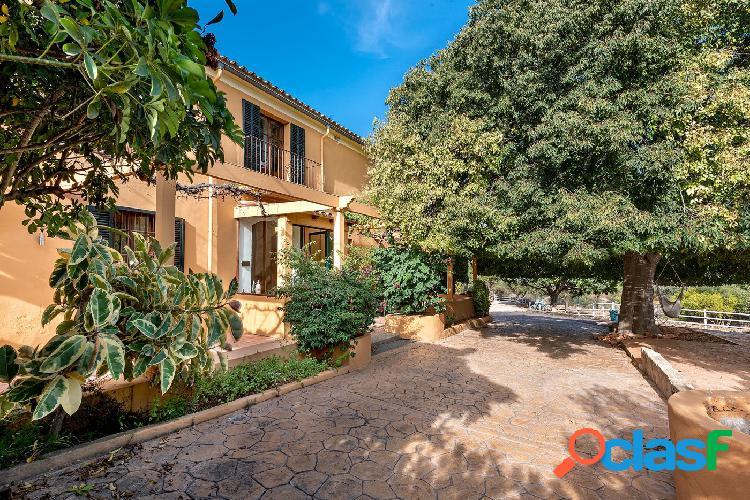 Se vende Casa unifamiliar Mallorquina en Finca rustica.