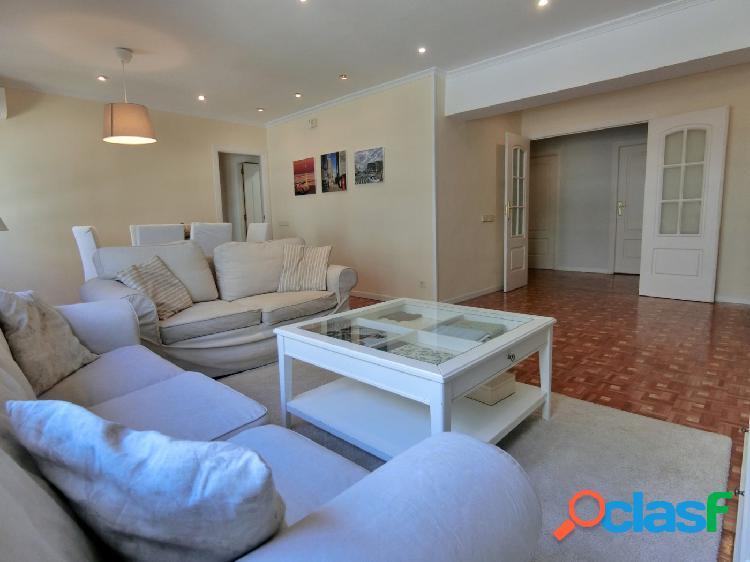 Se vende amplio piso ext de 3 dormitorios en Zona de General