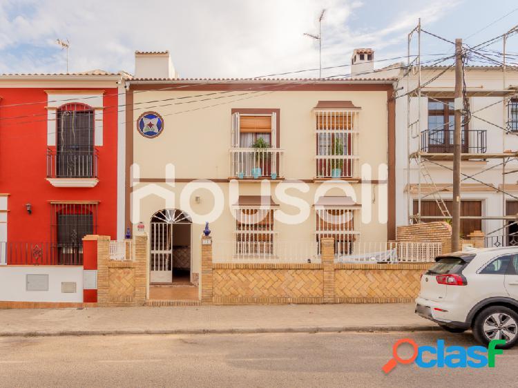 Casa en venta de 148 m² Avenida Reina de las Marismas,