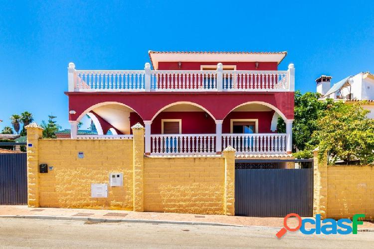 Esta gran villa independiente (¡564 m2!)