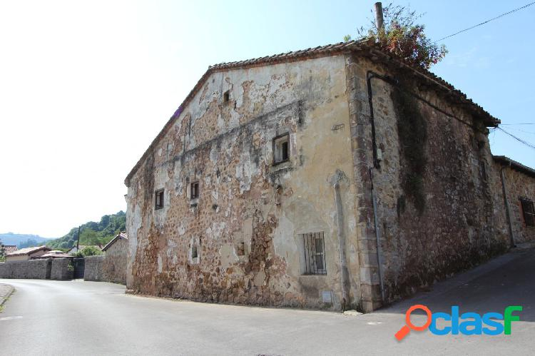 Casa de Piedra para Rehabilitar