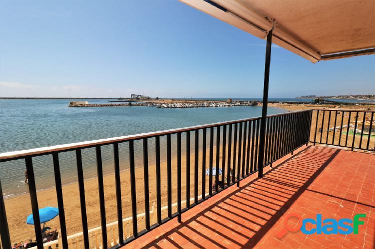 ¡ Apartamento en 1ª línea con vistas frontales al mar, 4