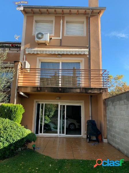 Magnifica casa en Zona Eixample - Castellar del Vallés