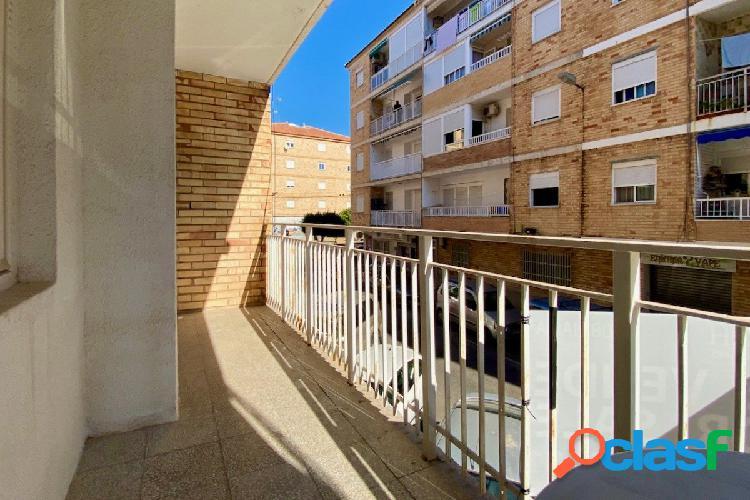 Apartamento de 3 habitaciones en el centro de Torrevieja a