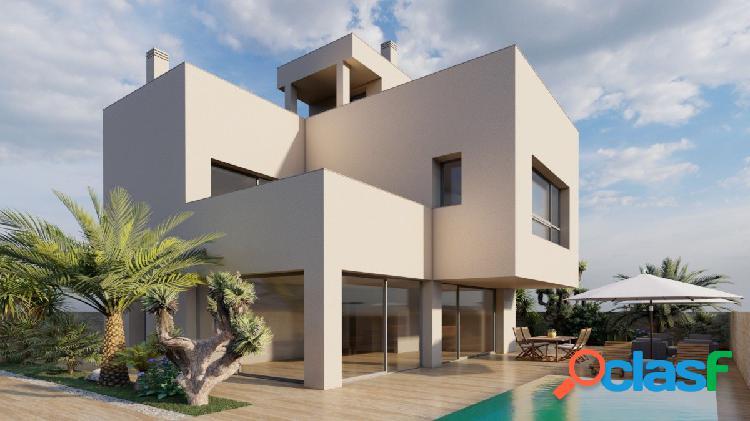 Exclusiva villa de lujo con piscina privada a tan solo 100 m