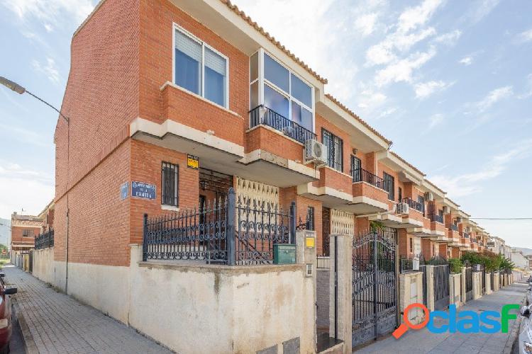 Oportunidad de vivir en un bungalow con amplia terraza para