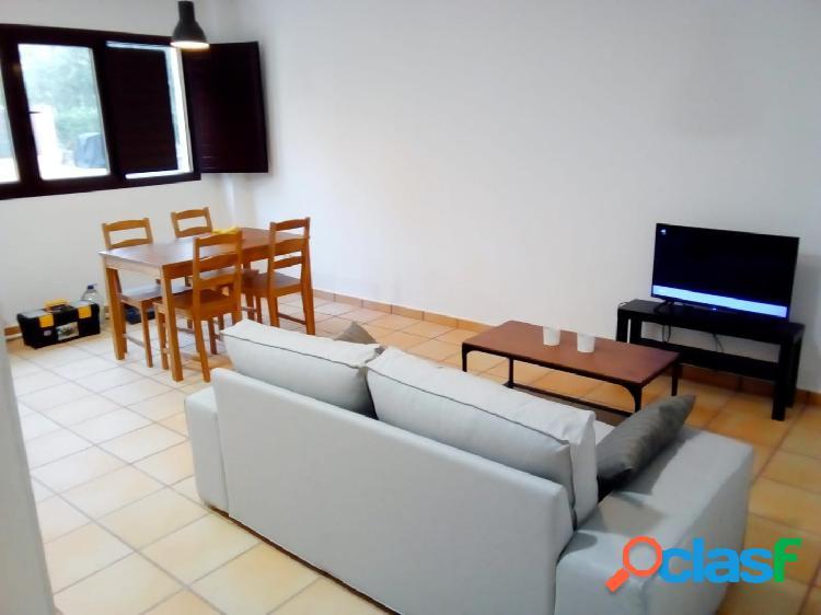 Se alquila hermoso apartamento en Hacienda del Álamo seguro