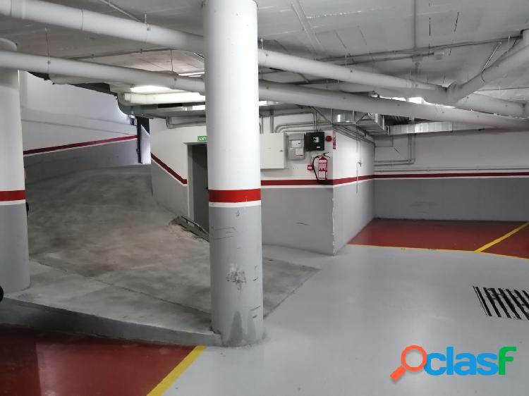 Plaza de parking en alquiler en Santa Perpetua