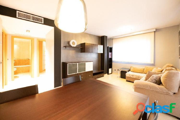Se ALQUILA piso AMUEBLADO con 2 dormitorios