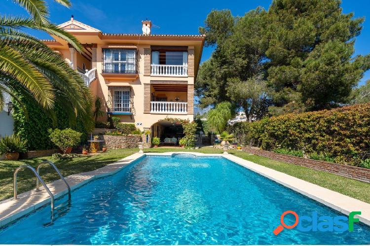 El Coto - Villa 4 dormitorios 1000 m2 parcela Piscina