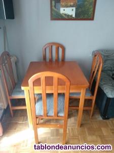 Se vende conjunto de mesa con 4 silllas