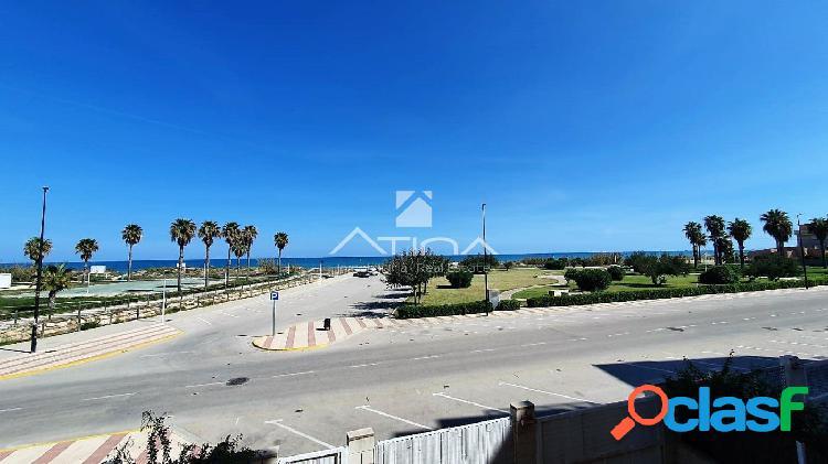 Apartamentos con vistas frontales al mar situado en 1ª