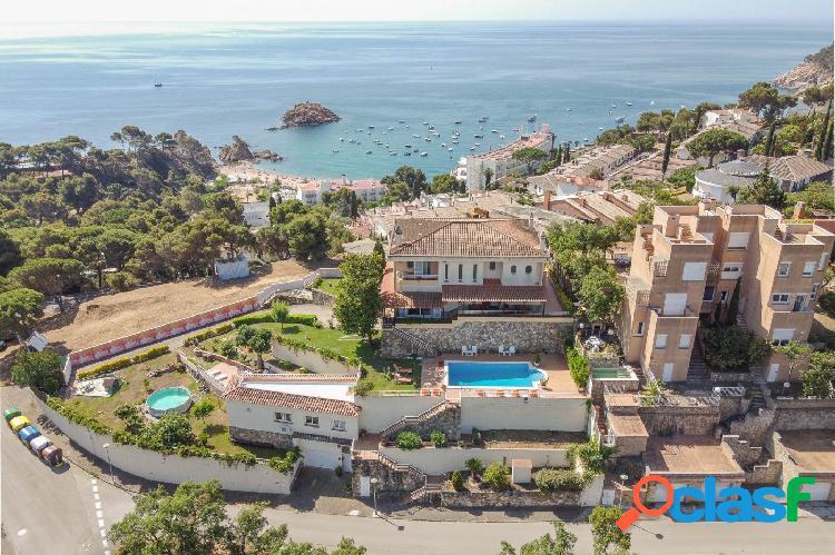Espectacular conjunto de 2 viviendas, en Tossa de Mar, con