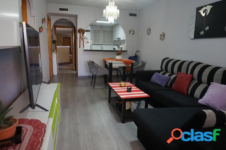 Se vende bonito apartamento de 2 dormitorios!