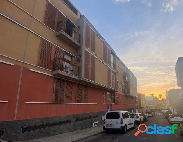 Se vende piso de dos habitaciones en Los Abrigos