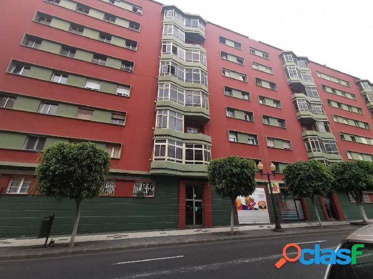 Se vende piso en Las Palmas de Gran Canaria, en Paseo de