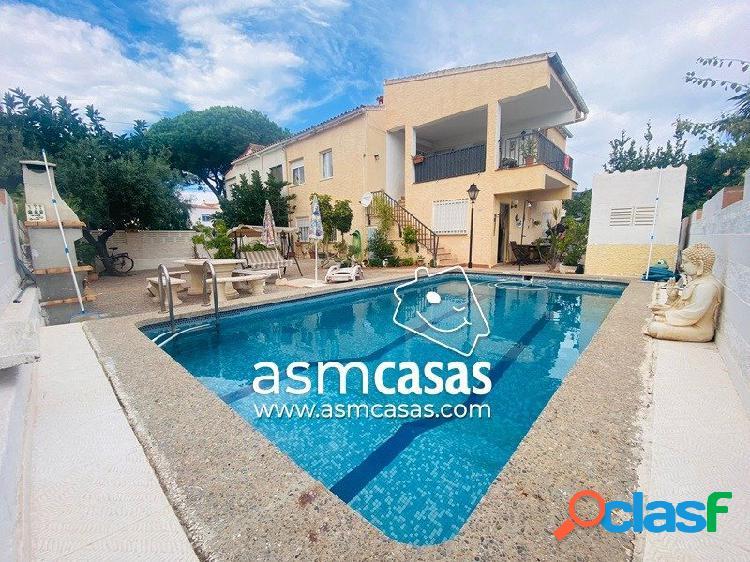 inmobiliaria en Benicasim vende villa en zona Heliópolis