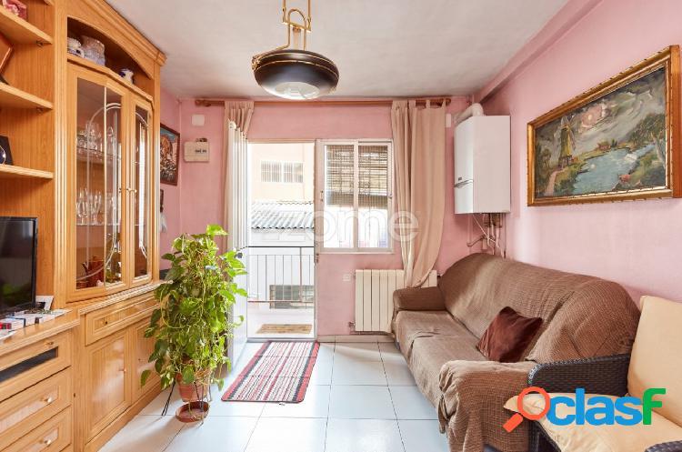 Piso de dos habitaciones en venta en Carabanchel