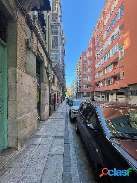 LOCAL COMERCIAL EN LA CALLE BONIFAZ
