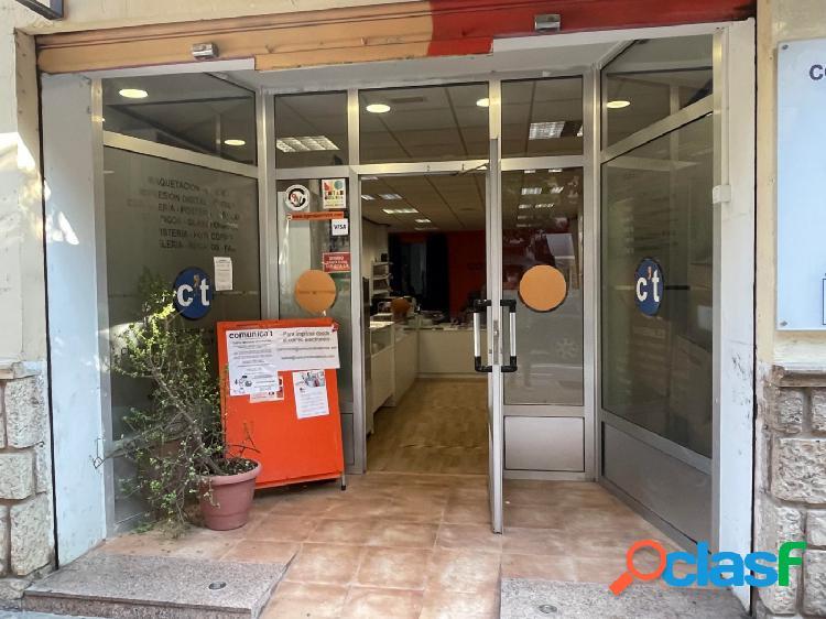 Se vende amplio local comercial en San Vicente de Paul